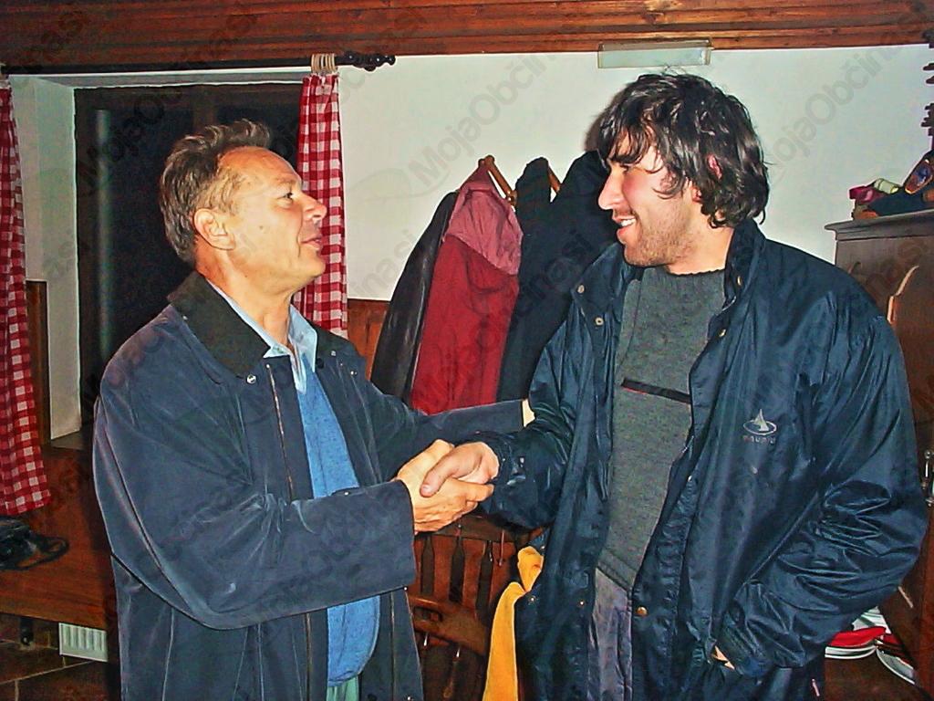Dalibor Marinović (desno) je prišel iz Beograda, da se je lahko veselil z drugimi na cilju popotovanja.