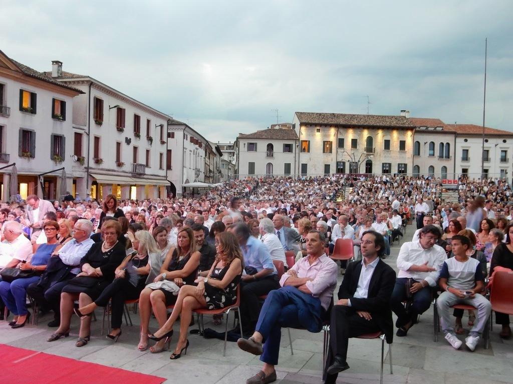 Danilo in Simon  direkcija in umetniško vodstvo Opere Maribor