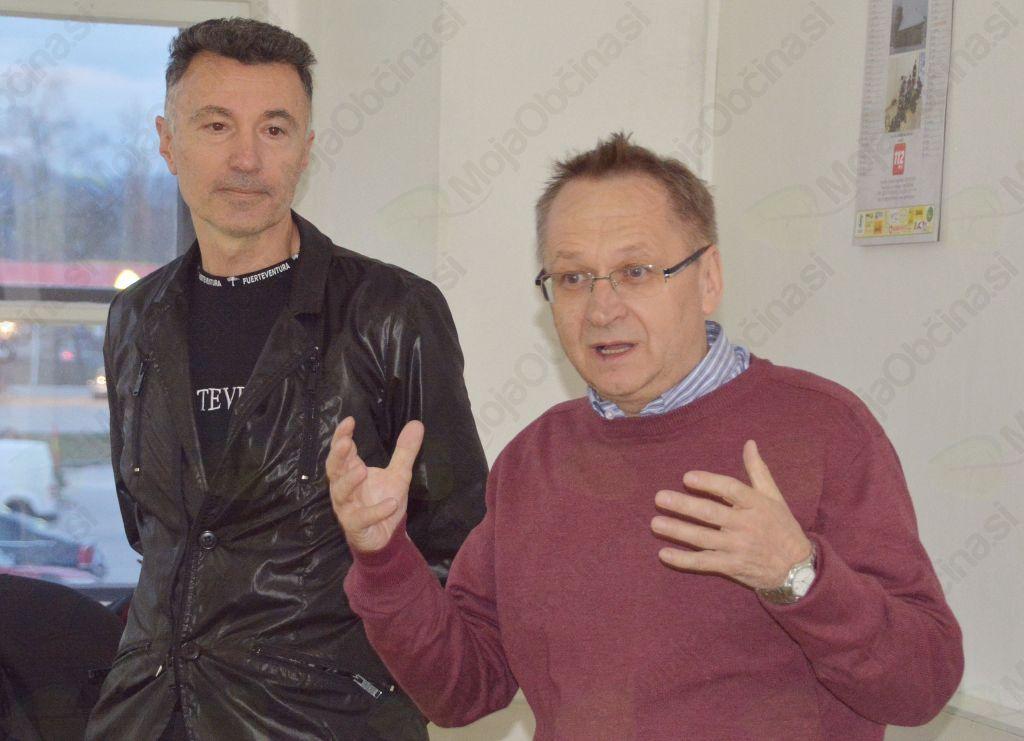 Zadaj dr. Bojan Dobovšek, nekoč član SMC, spredaj pa Miroslav Ribič.