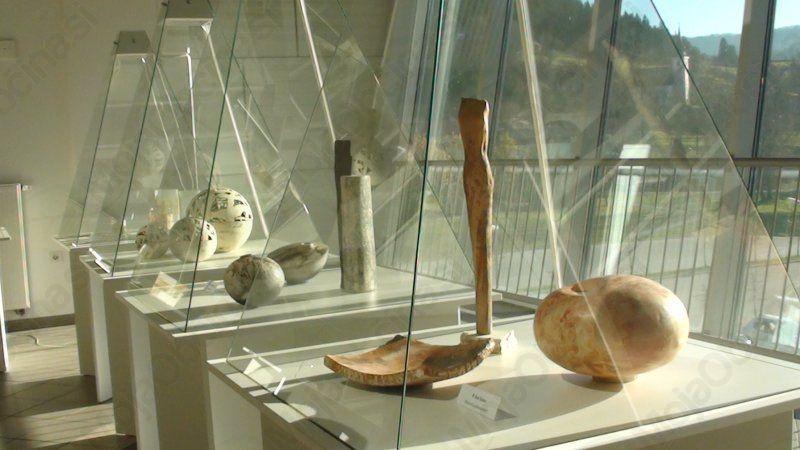 Podobe rokodelske ustvarjalnosti južne Koroške (Avstrija), škofjeloškega območja in Koroške regije