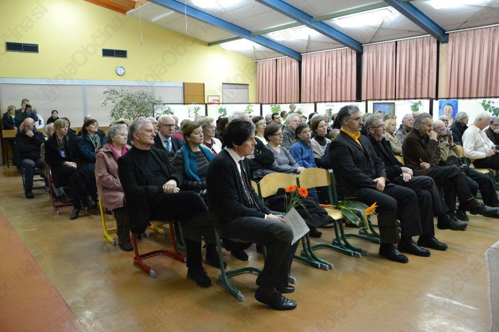 Lepa udeležba prireditve ob odprtju razstave Krištofa Zupeta