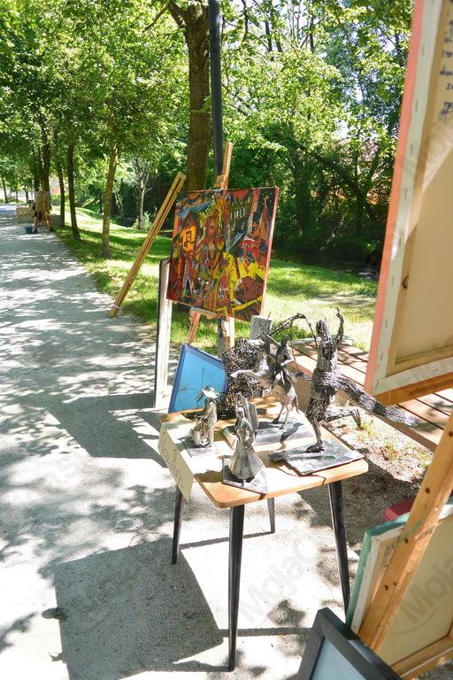 Lojze Burja ni le slikar, ampak med drugim tudi kipar
