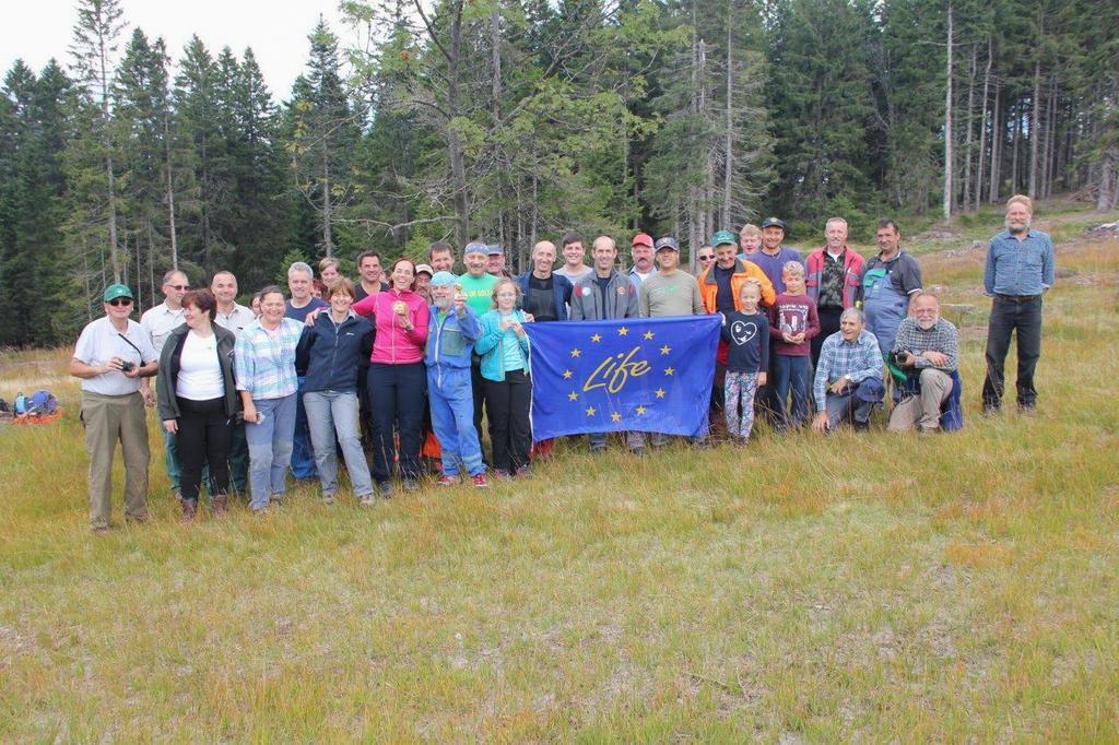 Izvedena 7. tradicionalna prostovoljna akcija čiščenja zaraščajočih travišč - planj na Pohorju