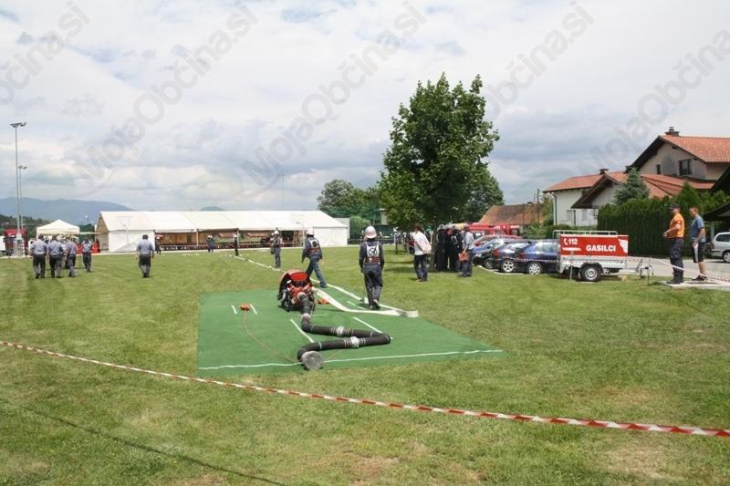 Gasilsko člansko tekmovanje za Pokal Loke in GZ Mengeš
