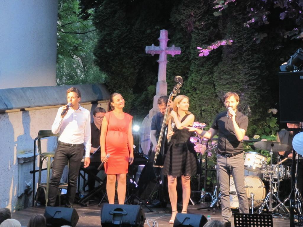 Vox Arsana je navdušila s svojimi glasovi (foto Lojze Krajnčan)