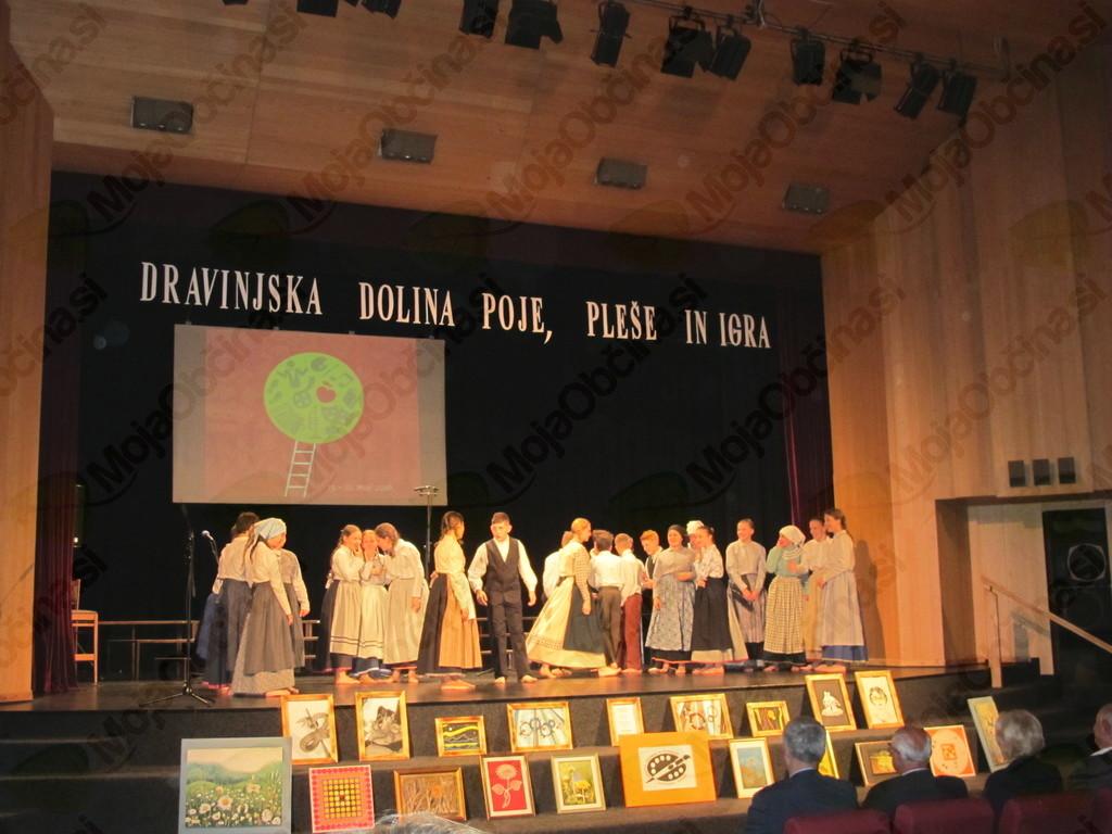 Dravinjska dolina poje, pleše in igra -Koncert vseh delujočih društev treh občin v Tednu ljubiteljske kulture