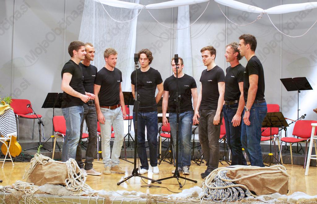 In spiritu leta 2013 na letnem koncertu z naslovom Pridih Dalmacije v Novi Cerkvi (foto: Matjaž Jambriško).