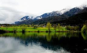 Skladnost kopalne vode v Jezeru Črnava