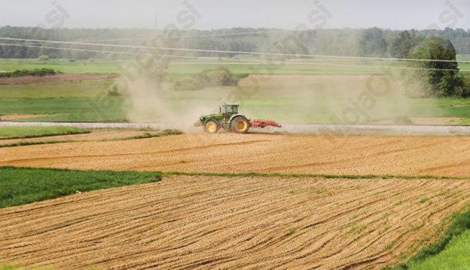 Izvajanje del na kmetijskih površinah ob javnih cestah