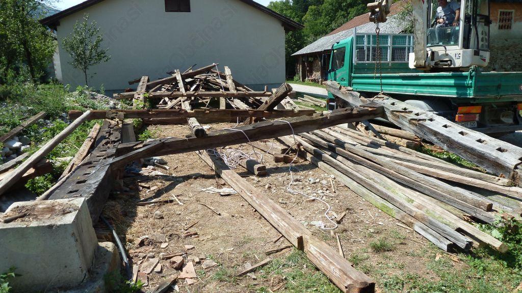 Obnova in rekonstrukcija starega kozolca