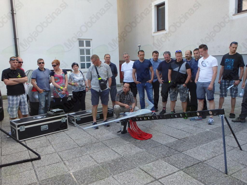 Slovenski gasilci spoznavali Holistic