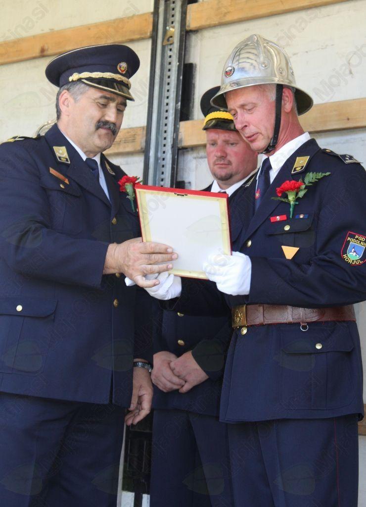 Član domačega društva Franc Verbič je s strani GZS za svoje požrtvovalno delo prejel najvišje odlikovanje prostovoljnega gasilca – odlikovanje za posebne zasluge v gasilstvu.