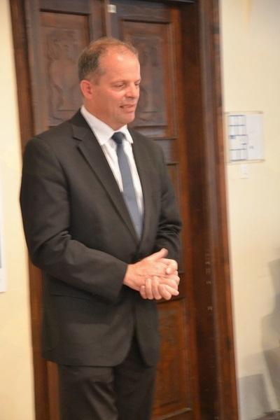 Polhograjskim klekljaricam se je za njihovo ustvarjanje in doprinos kraju zahvalil župan Franc Setnikar