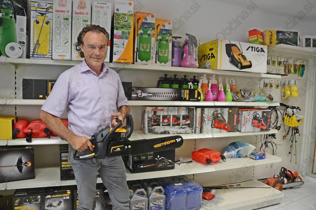Rotkos: Poleg servisne delavnice odprl še trgovino