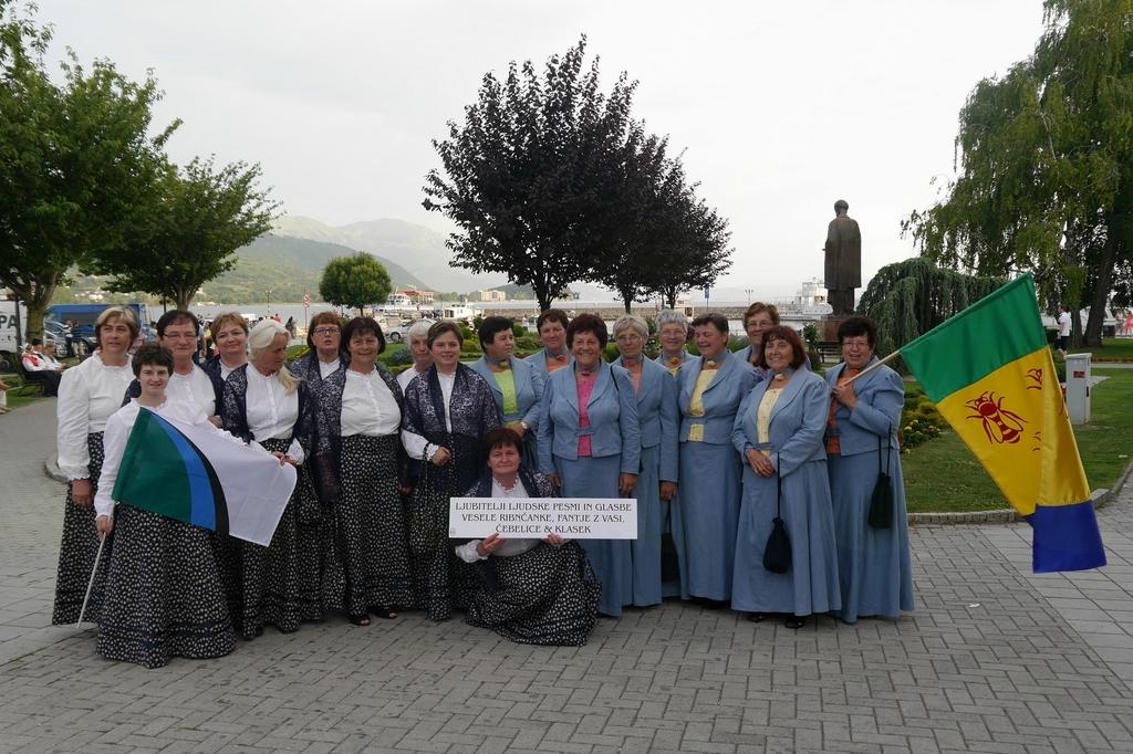 Ljudske pevke Čebelice prepevale na festivalu v Ohridu