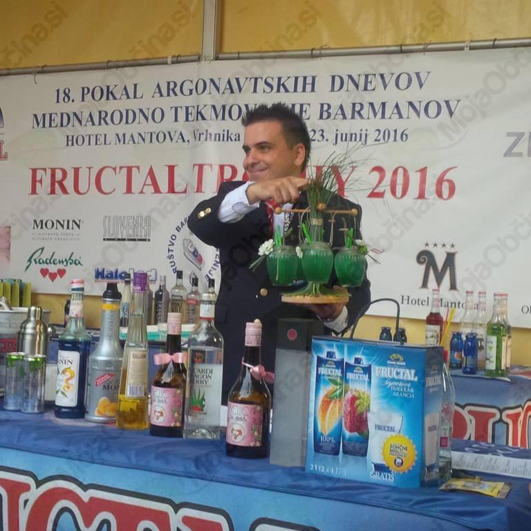 Tomaž Fartek in njegov koktajl