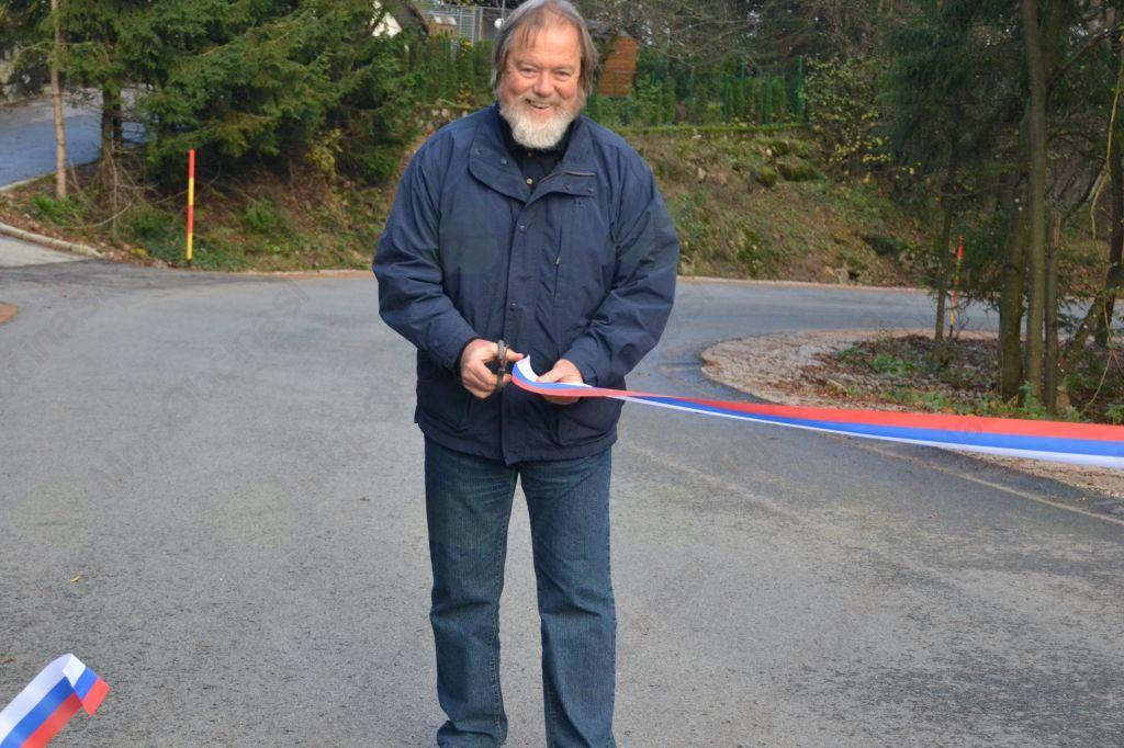 Novi metri asfalta proti Zaplani
