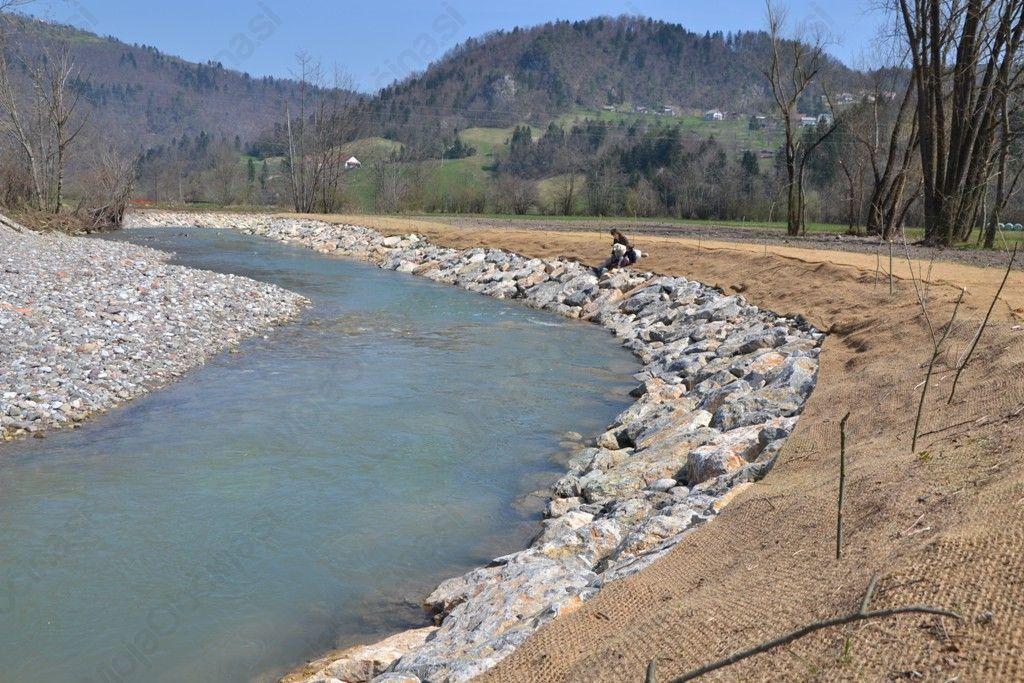 Za sanacijo poplav že preko 300 tisoč evrov