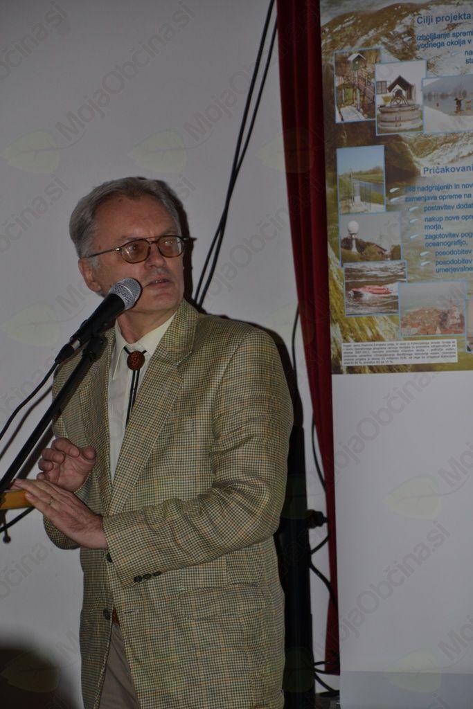 Delovanje in pomen vremenskega radarja je predstavil vodja projekta Marjan Divjak.