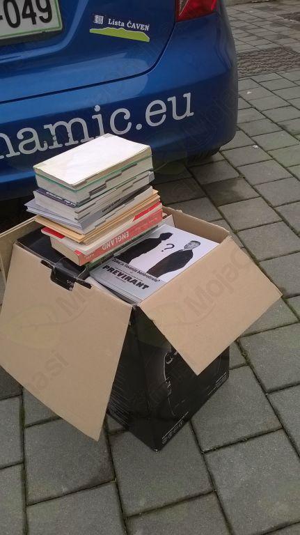 Paket knjig za knjigobežnico