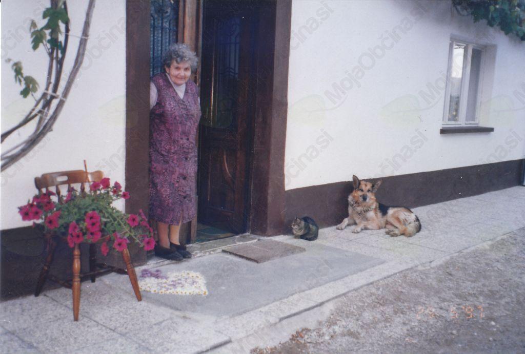 Jožica Sedej še na stari domačiji
