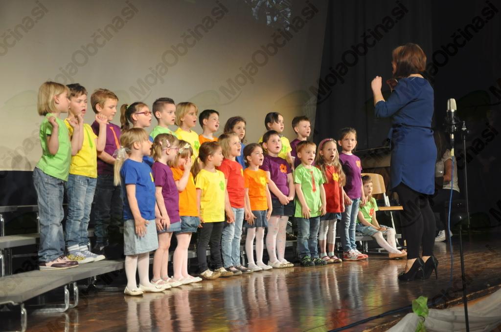 Tradicionalni koncert zreških pevskih zborov