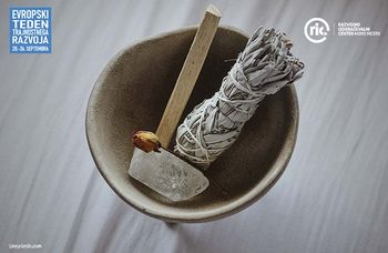 Očistimo svoj dom s kadilom in zelišči