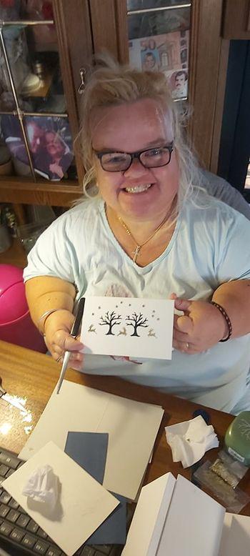 Creatusov intervju z Natašo - izdelovalko voščilnic za starejše