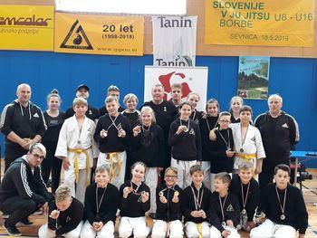 USPEH MLADIH IZ IPPONA NA FINALU SLOVENIJE V JU JITSU – 17 medalj, 3 prvaki Slovenije