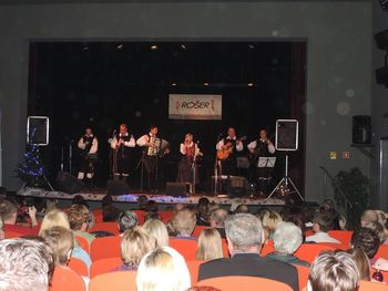 Božično-novoletni koncert Glasbenega centra Rošer
