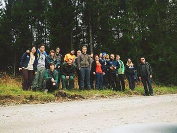 Koroški taborniki v enem jutru posadili 500 dreves