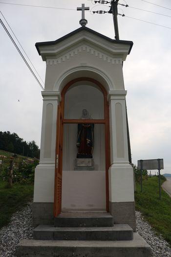 Končana obnovitvena dela na kapelici - Prevalje pod Krimom