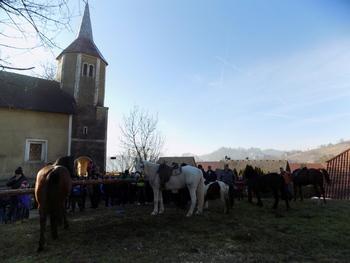 Blagoslov konj v Vranju pri Sevnici