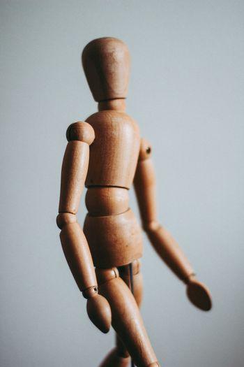 MEHČANJE TELESA - tedenske delavnice za sprostitev, gibanje, smeh, odklop