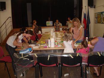 Otroci ponovno ustvarjali v Šentjanžu