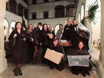 Gledališka predstava Ženske na gradu