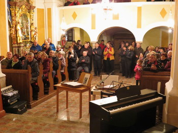 Odmev božičnih pesmi