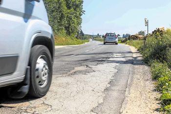 Podpisana pogodba za nadaljevanje del na regionalni cesti