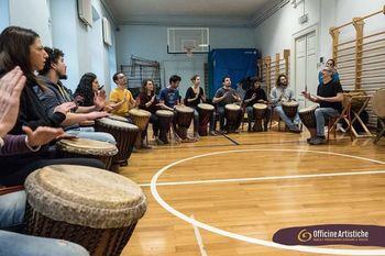 Tečaj igranja na afriške bobne s Paolom Galimbertijem (Ita)