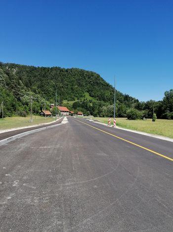 Rekonstrukcija ceste med Belico in Hrastenicami