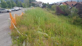 Občina pridobila 227 tisoč evrov nacionalnih sredstev za odpravo posledic nestabilnosti tal za sanacijo parkirišča pri OŠ Polhov Gradec