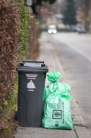 Vključitev v sistem odvoza komunalnih odpadkov je za občane obvezna