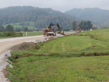 Kmalu preplastitev državne ceste