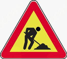Opozorilo - ovira na Ljubljanski cesti v Horjul