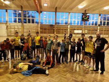 Mlade ekipe RK SVIŠ odlično predstavljale občino Ivančna Gorica na Madžarskem