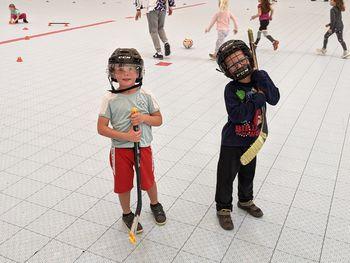 Pridobivali smo veščine igranja in-line hokeja