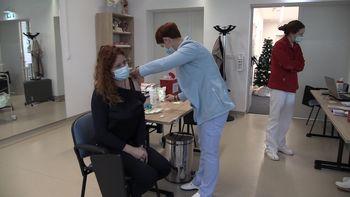 V Zdravstvenem domu Žalec pričeli s cepljenjem proti koronavirusu