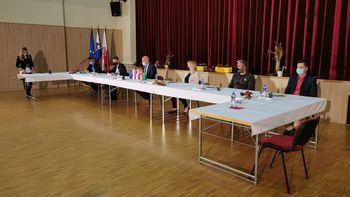 """Novinarska konferenca za projekt """"Odvajanje in čiščenje odpadne vode v porečju Savinje - Občine Braslovče, Polzela in Žalec"""
