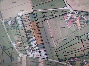 Javno zbiranje ponudb za prodajo nepremičnin v Latkovi vasi namenjenih gradnji individualnih stanovanjskih stavb