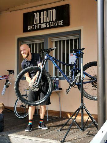 Popravljalnica in servis koles
